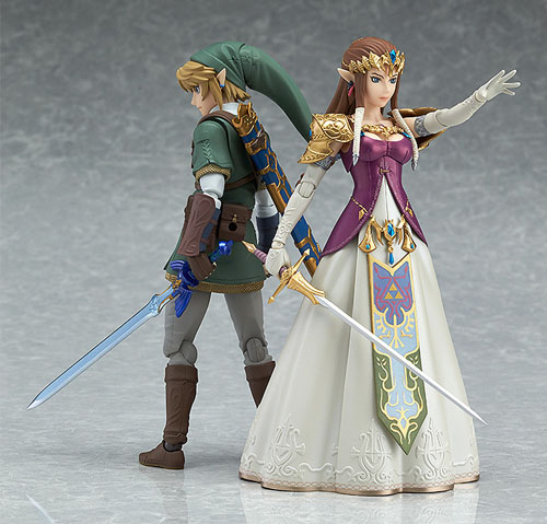Legend of Zelda Twilight Princess Zelda Figma Action Figure standing ready with the hero of time, Link!