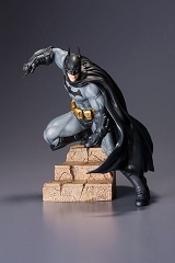 Batman Arkham City Batman ARTFX+ 6