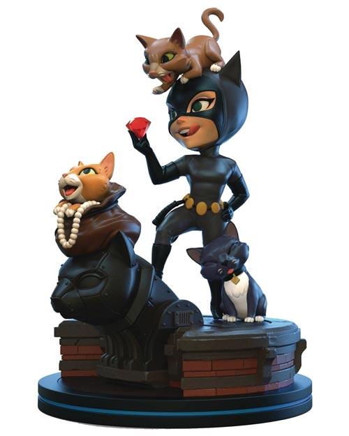 Batman The Animated Series Catwoman Q-Fig Elite Diorama Figure