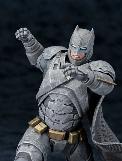 Batman vs. Superman: Dawn of Justice Batman 1/10 Scale Statue