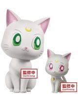 Sailor Moon Eternal Fluffy Puffy Artemis & Diana Figures