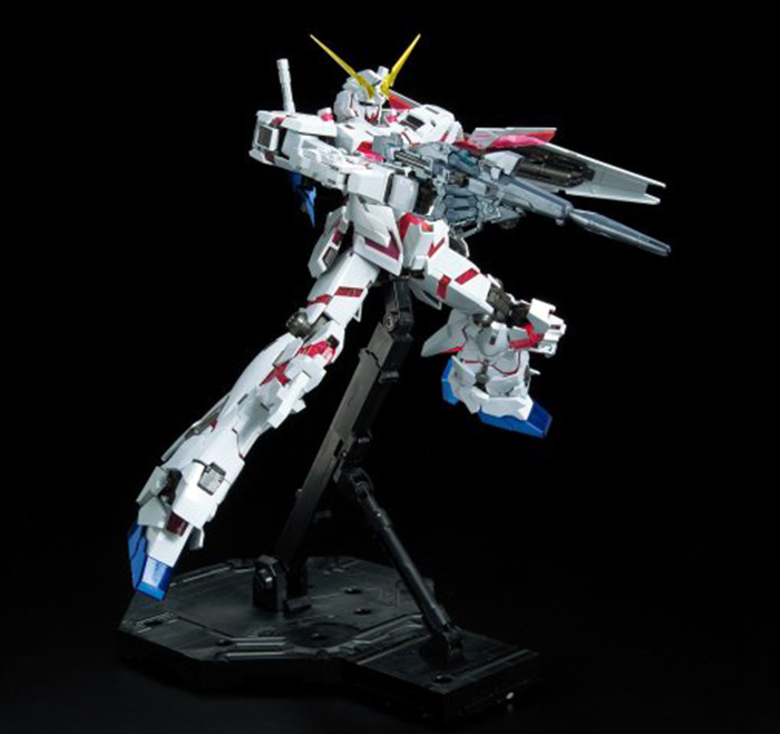 Gundam Unicorn RE:0096 Titanium Finish Model Kit