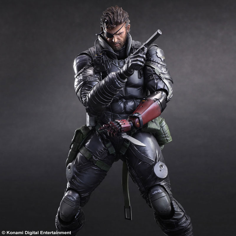 Metal Gear Solid V: Phantom Pain Play Arts Kai Sneaking Suit Venom Snake posed