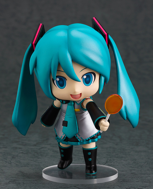 Character Vocal Series 01 Mikudayo Nendoroid with candy