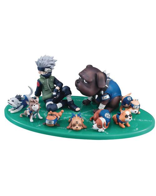 Naruto Shippuden Kakashi & Ninken Figure Set