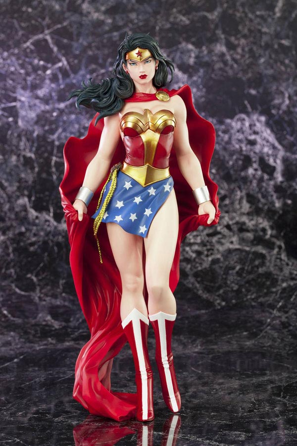 DC Comics Wonder Woman ARTFX 12