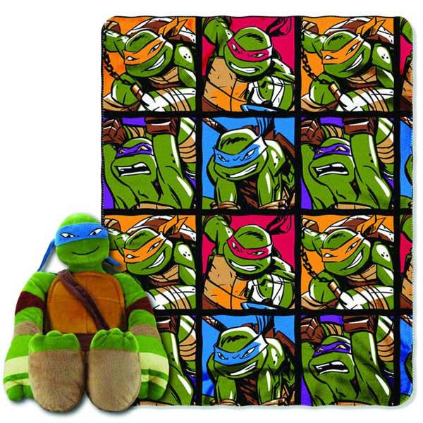Teenage Mutant Ninja Turtles: Leonardo Hugger Plush w/ Fleece Throw