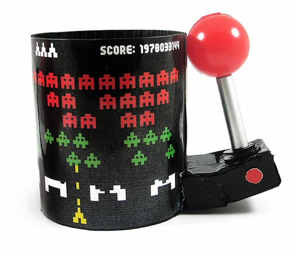 Space Invaders 3D Arcade 16oz Molded Mug